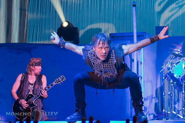 Iron Maiden - Bruce Dickinson, Adrian Smith