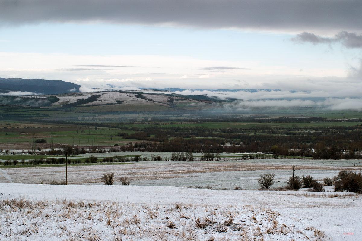 март зима сняг поле