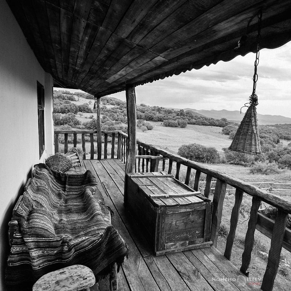 родопи стара къща гледка