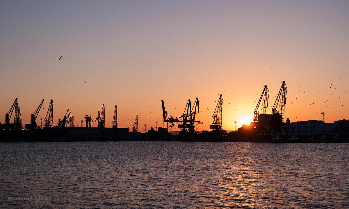 залез морска гара Варна